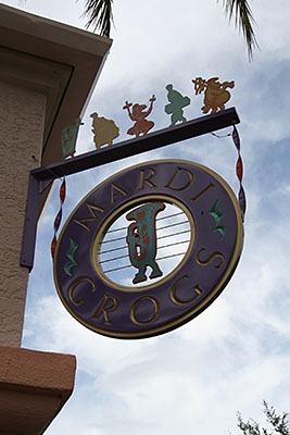 Mardi Grogs Pool Bar Sign