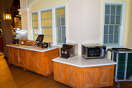 Riverside Mill, microwave and toaster for guest use