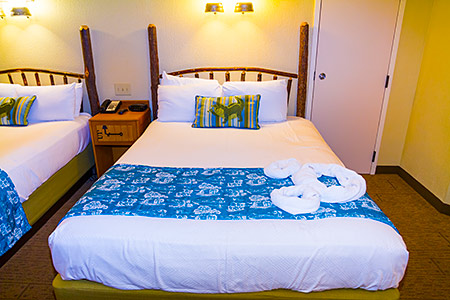 Port Orleans Riverside, Alligator Bayou Guest Room (new bed covers from 2014)