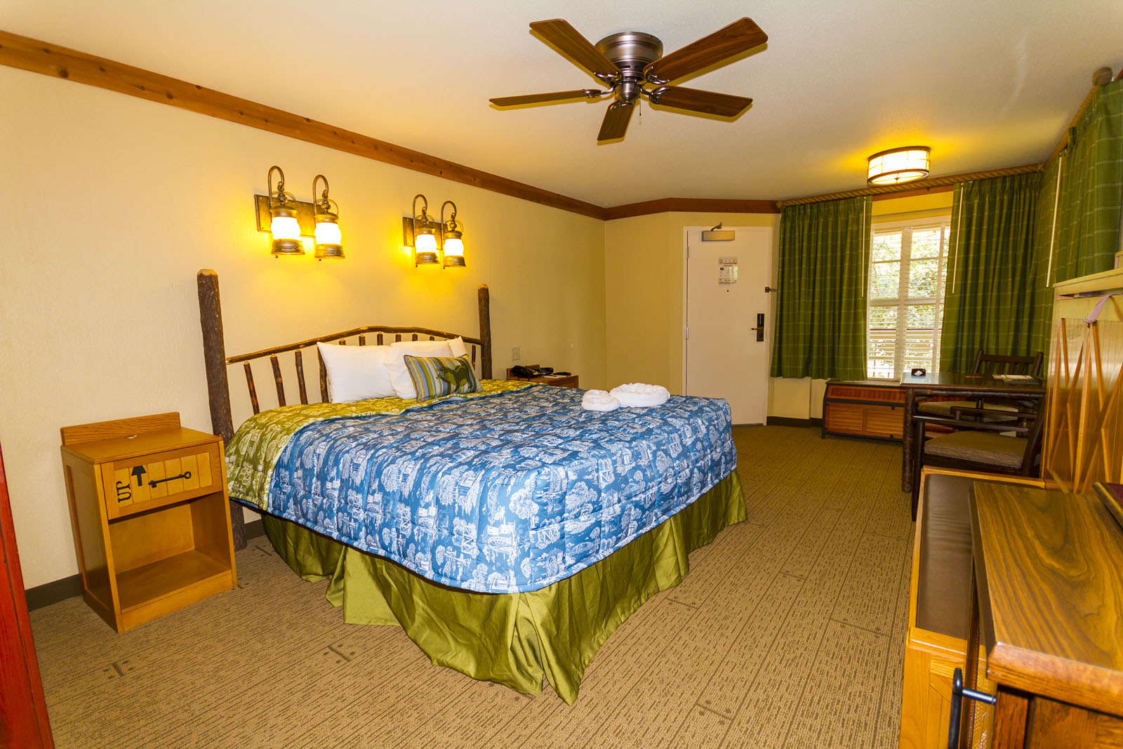 Rooms: Alligator Bayou Rooms Photo Gallery